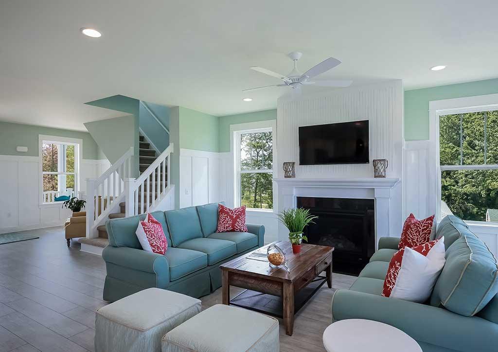 Interior Design Tips to Make Small Rooms Look Bigger